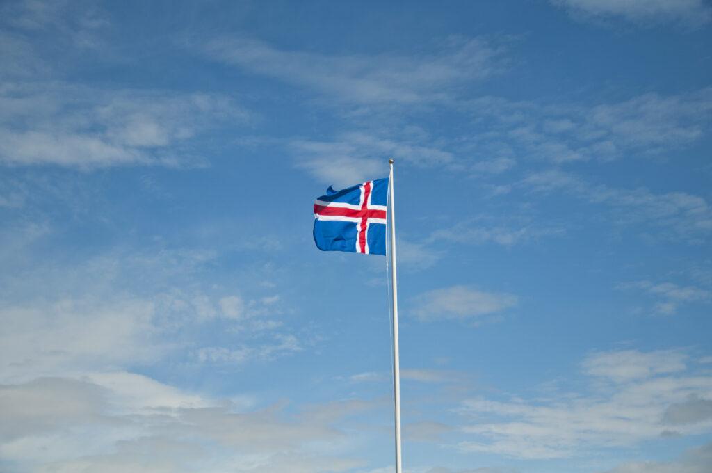Sparen auf deiner Island Reise